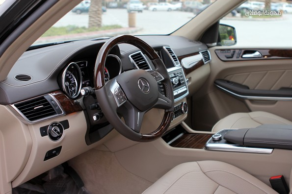 تجربة قيادة سيارة Mercedes Benz