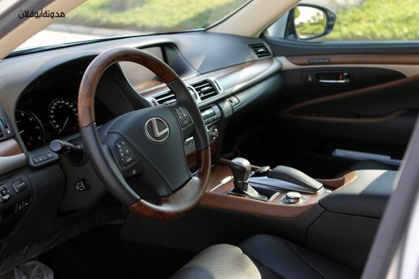 Lexus LS460 2013-7