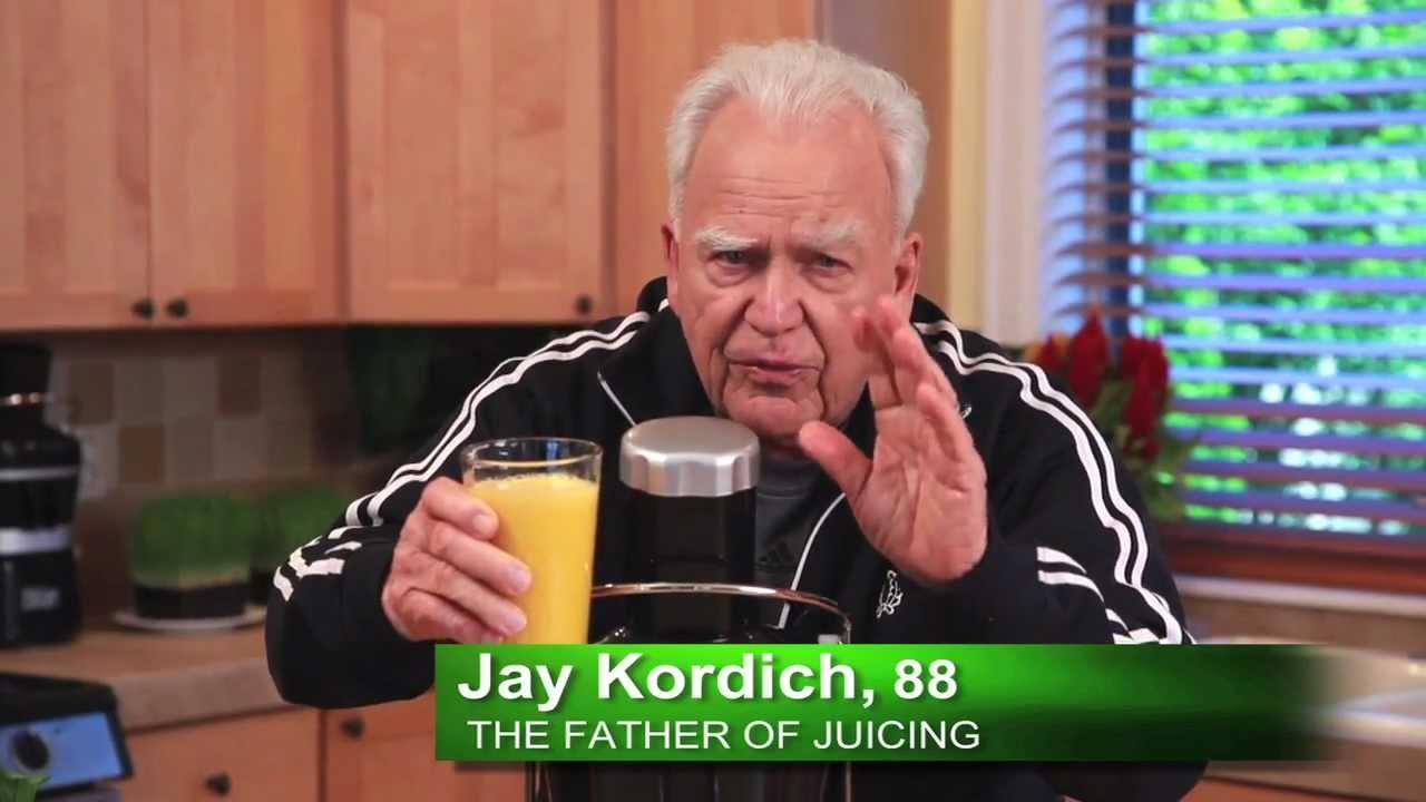 فيديو : ماهي الطريقة الصحيحة لعمل عصير البرتقال !؟