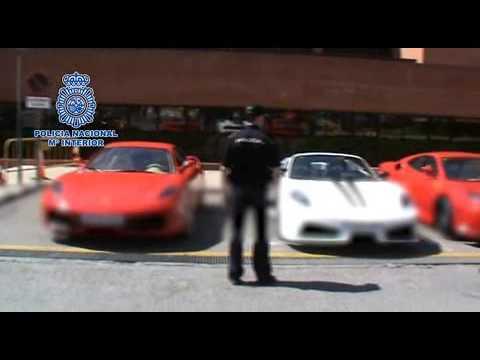 فيديو : الشرطة الأسبانية تغلق مصنع يقوم بصناعة سيارات فيراري مزيفة