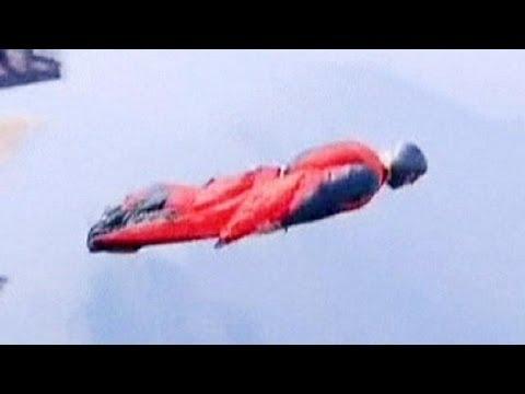 فيديو : لحظات سقوط وموت أحد هواة القفز والتحليق من الجبال !